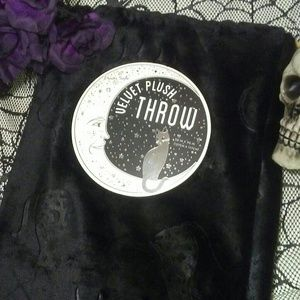 Black Cats Moon Goth Halloween Velvet Plush Throw